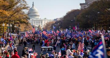 ABD'de binlerce Trump destekçisi sokaklara döküldü