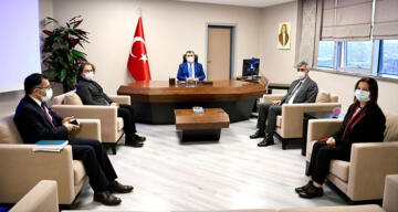 Bakan Koca'dan İstanbul'daki hastanelerde 'kapasite arttırma' toplantıları