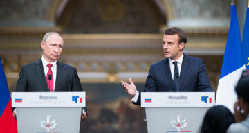 Putin ve Macron telefon görüşmesi gerçekleştirdi